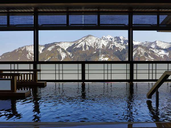 【大浴場】・花山の湯・下をのぞくと新幹線がみえるかも?ゆっくりと温まってください