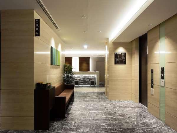 1Fエレベーターは宿泊中のお客様以外動かせない安心のセキュリティ。