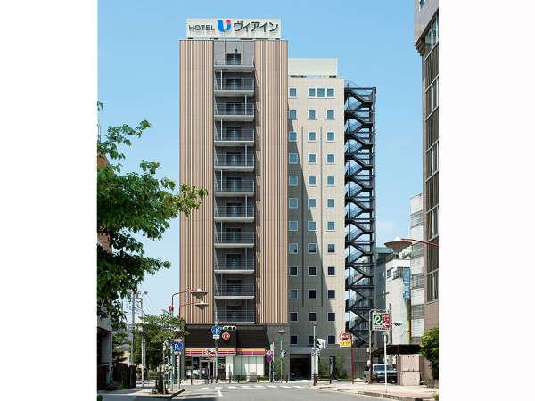 名古屋駅から徒歩4分。 快適な居心地を追及したホテルです。
