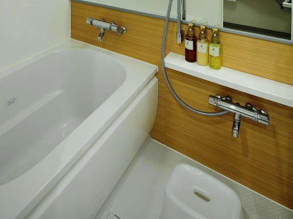 ツインルームのバスルーム(セパレート)