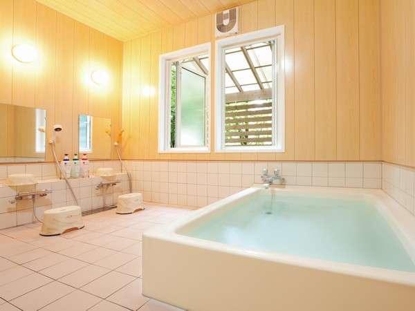 2か所ある貸切風呂は、一部屋30分の予約制でご利用いただけます。