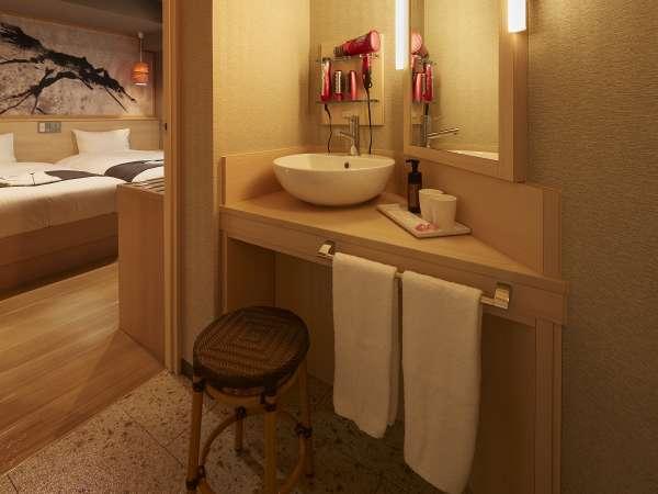 シャワーブース(一部は独立型浴室)とトイレが別なので快適にお過ごし頂けます