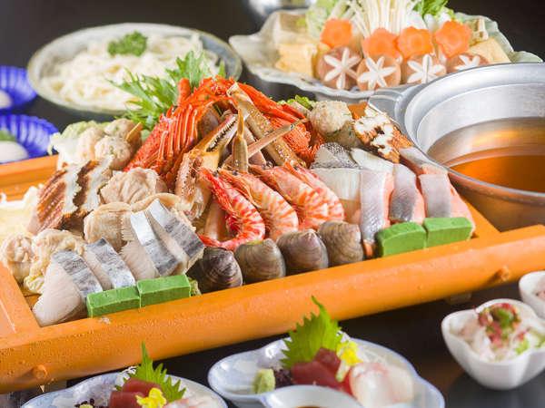 【蟹&伊勢えび入り!上寄せ鍋】豪華な食材が入った上寄鍋は旨味倍増♪