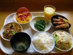 【ご朝食】和洋バイキング朝食。朝からモリモリとお召し上がり下さい!!