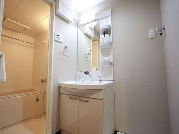 ■洗面所 ※歯ブラシが必要な方は、フロント前よりお取りください。