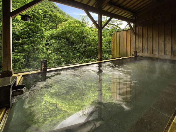 3つの趣きの異なる「貸切露天風呂」は今なら宿泊者どなたでも無料でご利用いただけます。