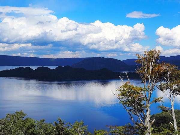 【十和田湖畔温泉 とわだこ遊月】湖畔温泉唯一展望露天風呂から紅葉が楽しめる宿 全館wi-fi完備