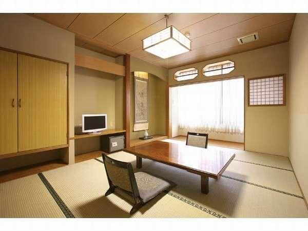 和室10畳部屋(室内にトイレ有)