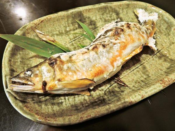 【夕食一例】主人自ら釣る鮮度抜群の川魚。
