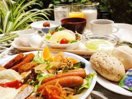 バイキング朝食サービス! ご利用時間6:30~9:00