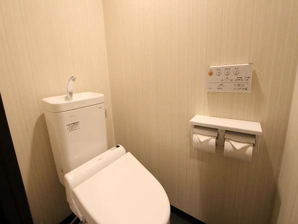 ツイン:トイレ※バスのセパレート式です。