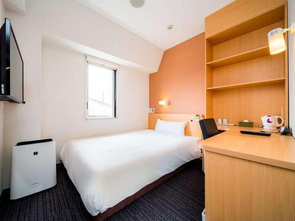 【シングルルーム】棚のある広いお部屋もあります。長期滞在におススメ!