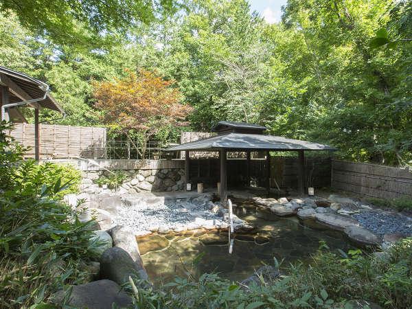 ■男性用大浴場「竹織の湯」自家源泉かけ流しの湯