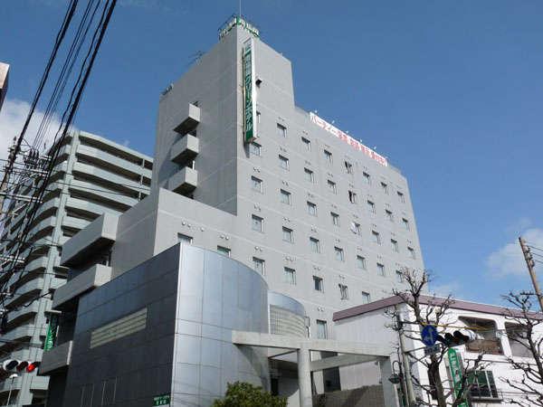 グリーンホテル外観 9階建てです