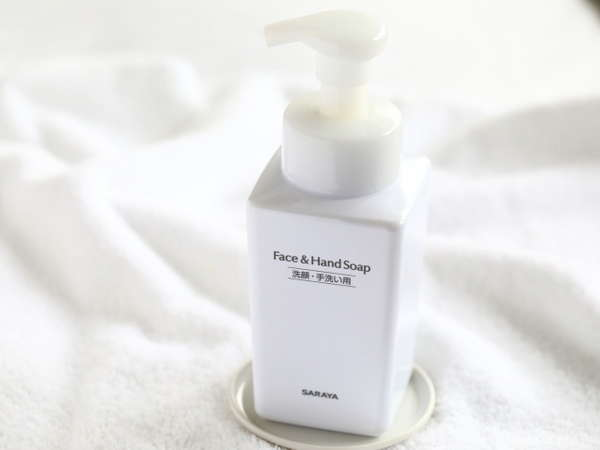 【洗顔・手洗い用ソープ】 顔剃りにもお使いいただける、泡タイプをご用意しております。