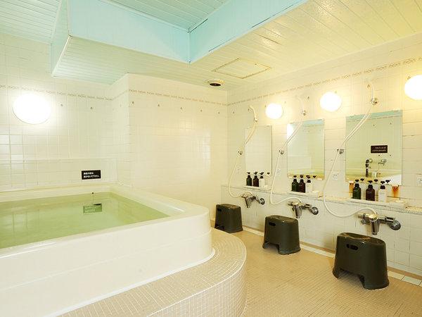 ★3階男性浴場 16時~24時、6時~9時(0時~6時まで利用不可)