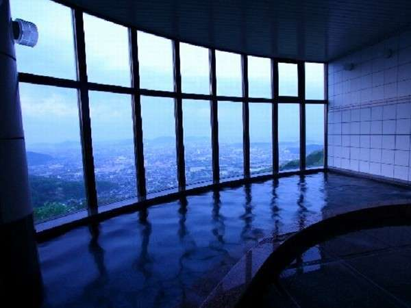 姫路市街一望の天空浴場