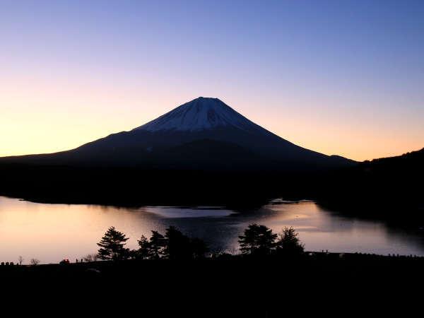 雄大な富士山の眺望を楽しむ♪