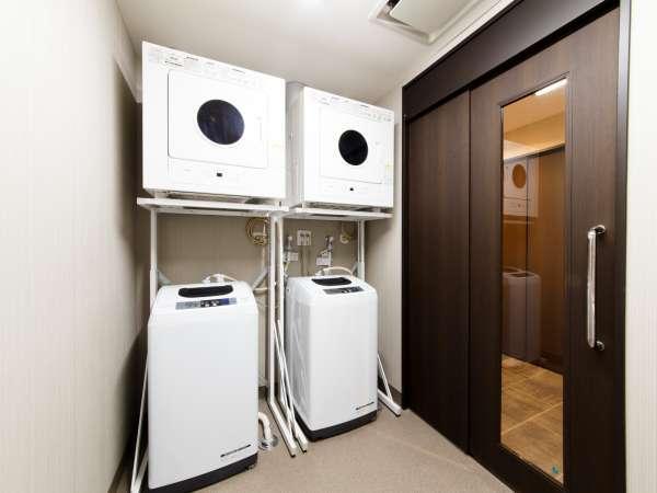 1階洗濯機・乾燥機1回使いきりの洗剤をフロントにて50円で販売しております。