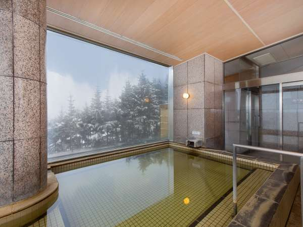 男性温泉大浴場