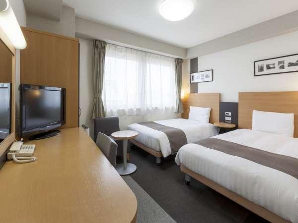ツインエコノミー☆18平米☆ベッド幅123cm×2台☆
