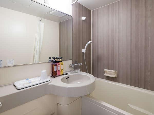 【バスルーム】温度調節も安心のサーモスタット式