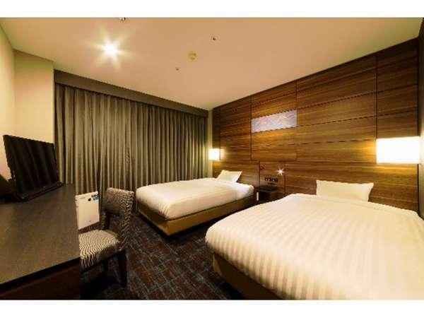 ツインルーム広さ20㎡空気清浄機、携帯電話充電器を全室に完備。