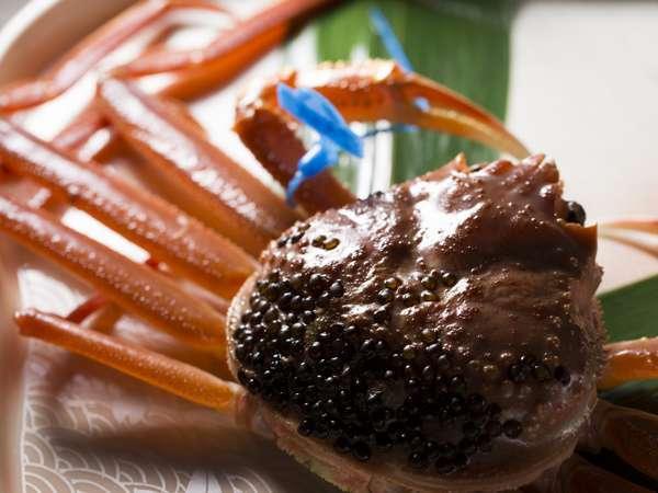 日本料理/冬の味覚の王様「活蟹」の一例。年に一度の贅沢!生簀の蟹はお好みの調理法を承ります。