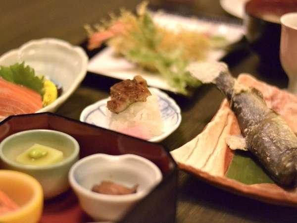 夏のお料理の一例です。南会津での岩魚は特にオススメ!