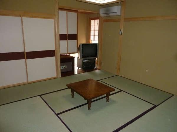 広い和室もあります