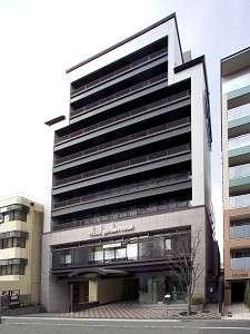 【外観】昼の三井ガーデンホテル京都四条です。
