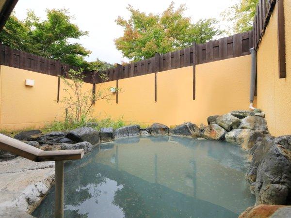 露天風呂(本館:緞子の湯)