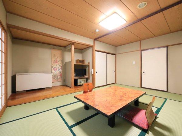 愛山荘:和室