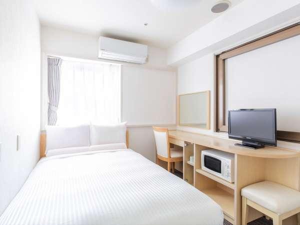 スーペリアセミダブルルーム【15㎡/ベッド幅120cm/ミニキッチン付き】