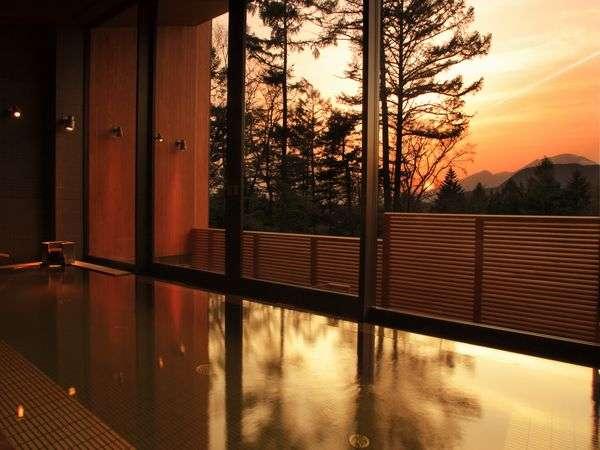 ◆フォレスト ホット スプリング 内湯 (夕景メージ)
