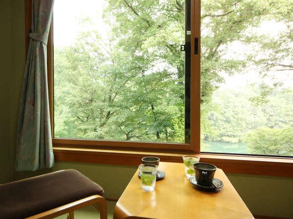 ◆【客室一例】大瀞ビューのロケーション。全てのお部屋から大瀞の流れがご覧頂けます。