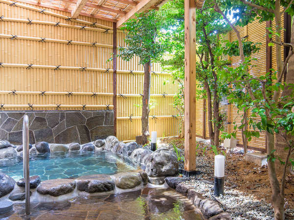 【 2017年新設 】熱海温泉をゆっくりとお楽しい見ただける露天風呂。