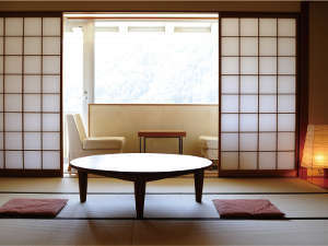 ●シンプルな造りで落ち着いた和室●ご家族やご夫婦にオススメ♪旅行で疲れた体をのんびりと癒して下さい☆