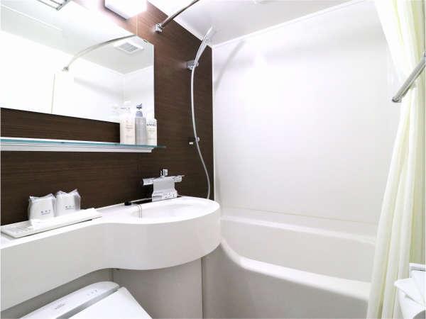 ★ユニットバスをリニューアル♪ボディスポンジや洗顔等のアメニティはフロント横にてご用意しております。