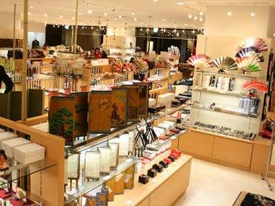 【みやこアベニュー】本館地下1階にある、ショッピングモール「みやこアベニュー」