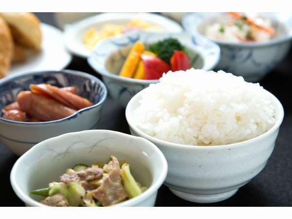 山形県産米つや姫を使用しております。
