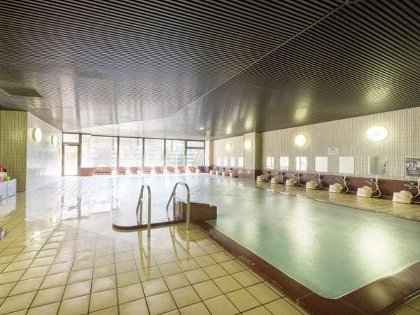 【大浴場/内風呂】温泉大浴場でゆったりお過ごしください