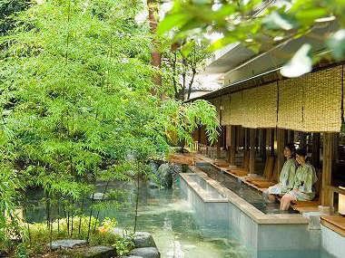 【下部ホテル】山梨・富士五湖に近い下部温泉、2種の源泉と12の湯舟を湯巡りの宿