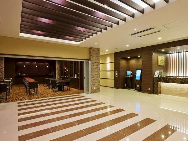 2011年に建替えられた新館はモダンな空間。ゆとりあるツインとファミリー向けの和室がございます。