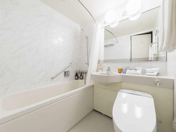 【バスルーム】バスルームはユニットバスをご用意しております。