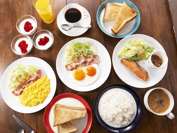 【朝食】朝食は1階白ヤギ珈琲店でご用意しております。