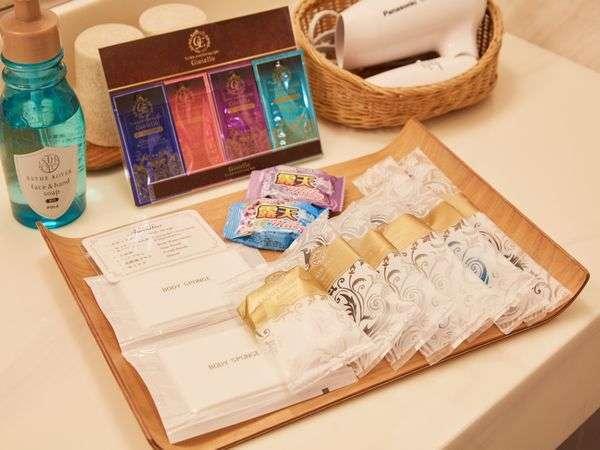 オーガニック化粧品Gioielloクレンジング、洗顔料、化粧水、乳液を無料で1セットご用意
