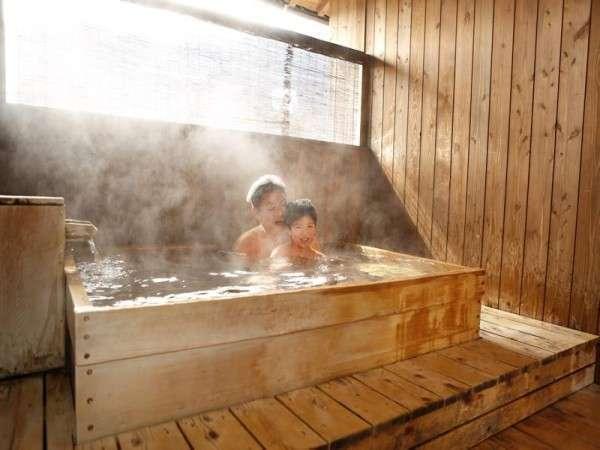 家族で水入らず♪貸切露天風呂で名湯を満喫!!1室45分2,160円♪当日予約先着順
