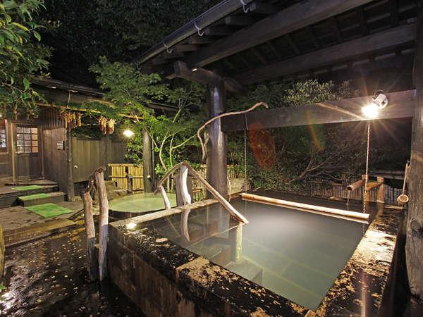 桶湯と1メートル35センチの立ち湯