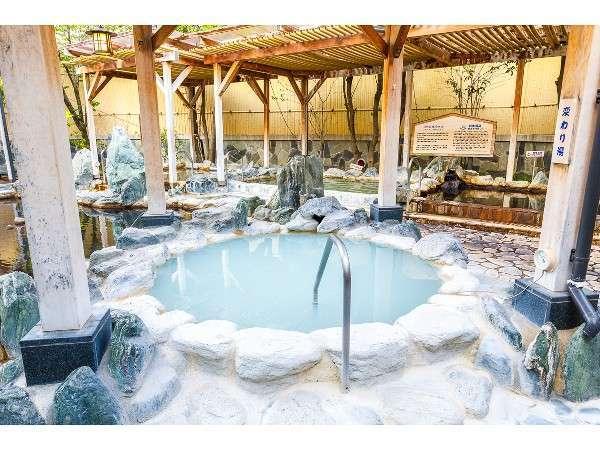華のゆは男女別の様々なお風呂が楽しめ、しかも天然温泉・源泉かけ流し!